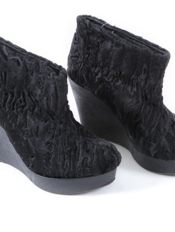black-swakara-fur-shoes