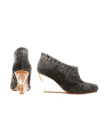 grey-swakara-fur-shoes