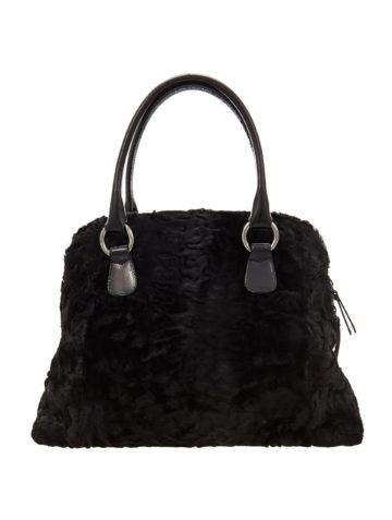 black-swakara-fur-hand-bag